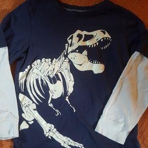 boys long-sleeve T-shirt size 7